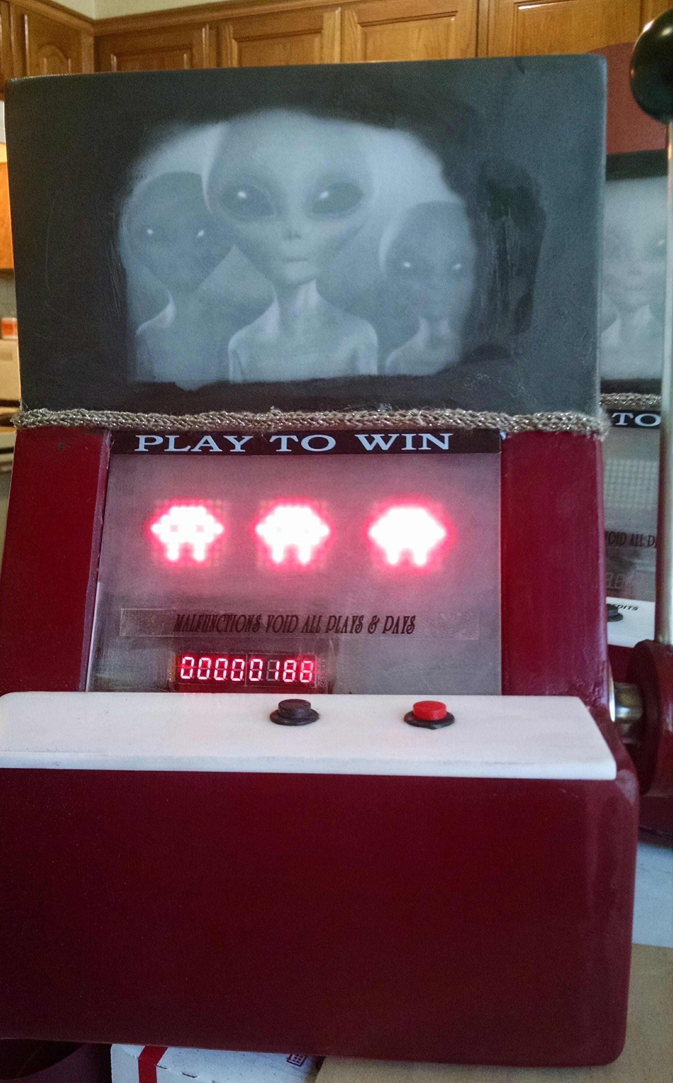 Alien Invasion Slot Machine