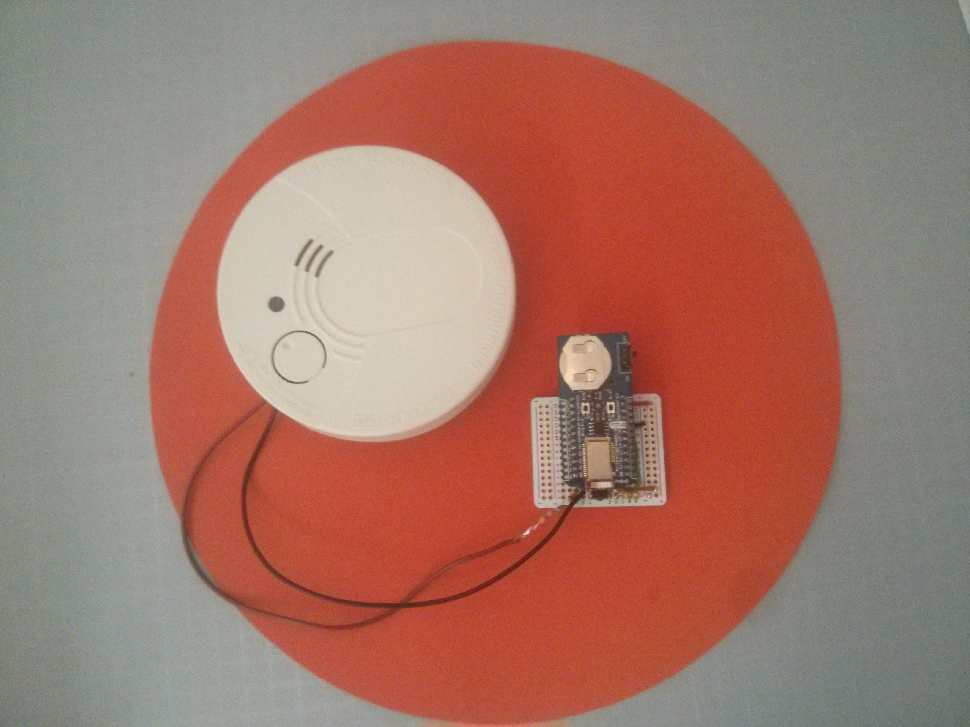 Bluz DK IoT smoke detector