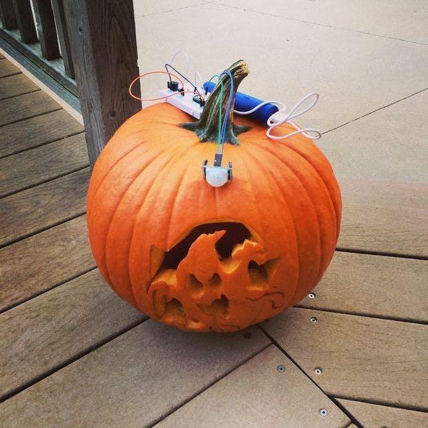 The Jack'O Lantern Early Warning System