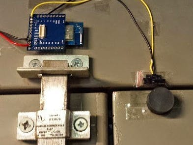 TinyDuino Wi-Fi Door Sensor