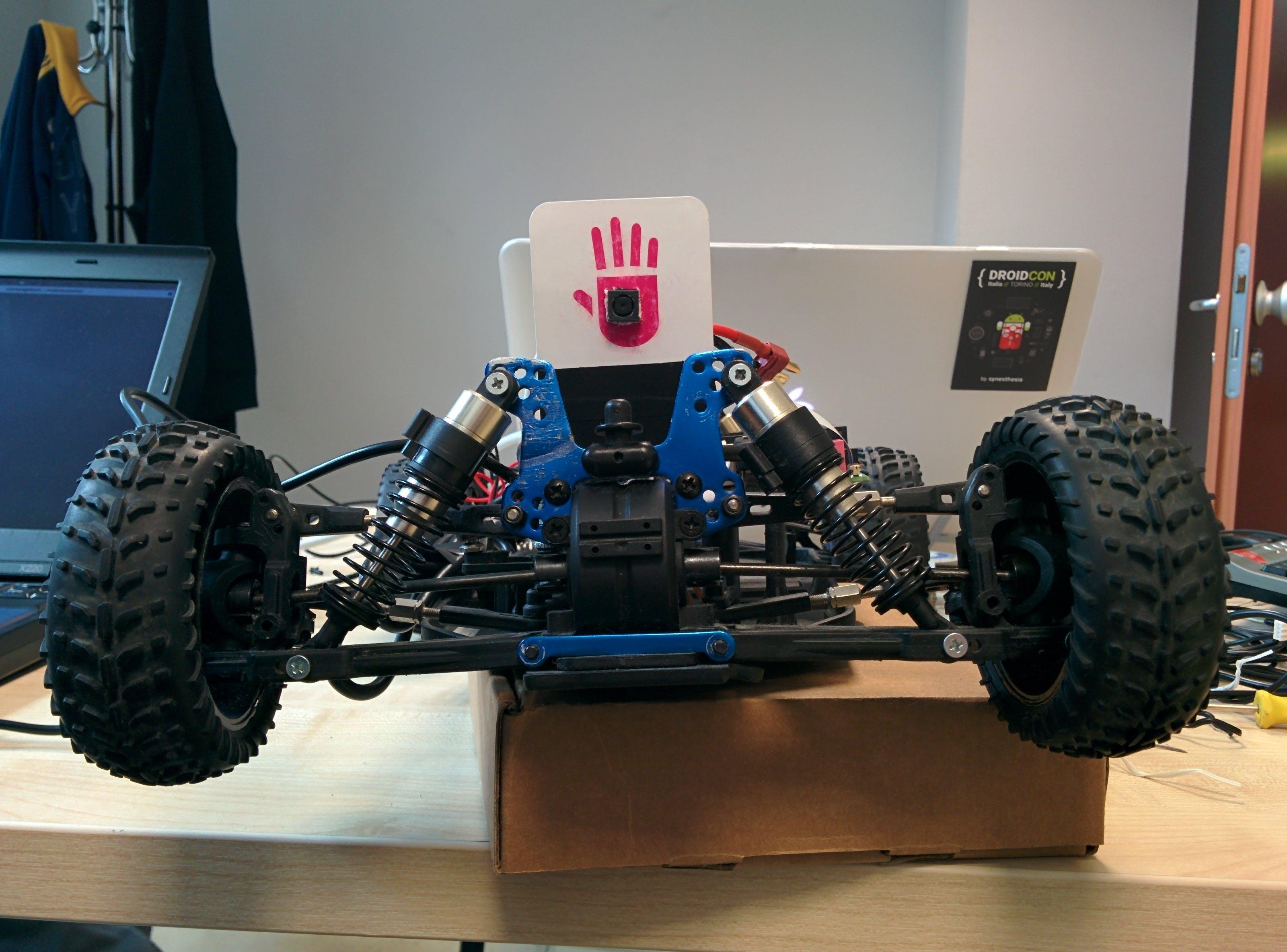 DroniXcar