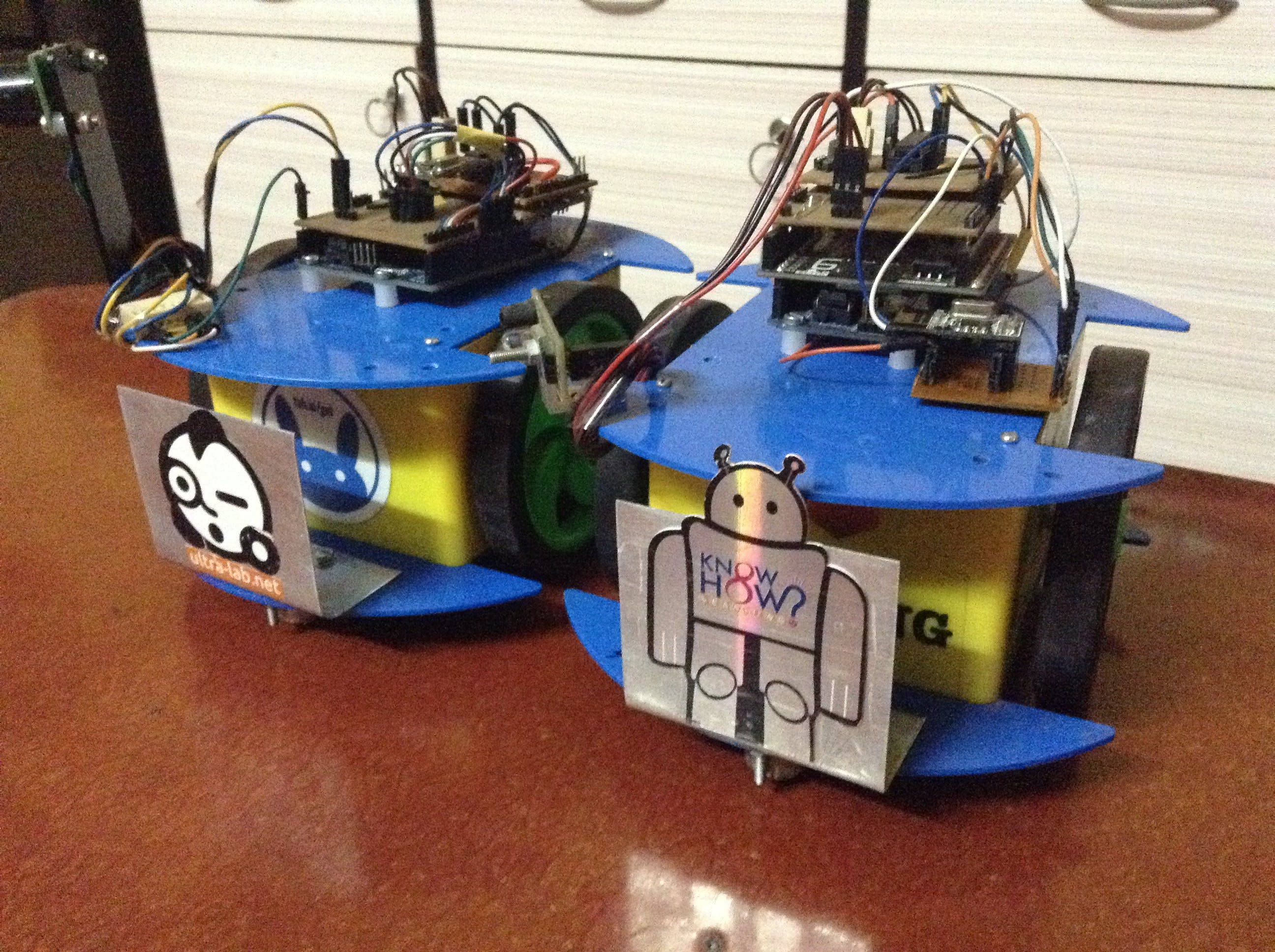 Swarm Bots: Assembly and Co-operative Transport