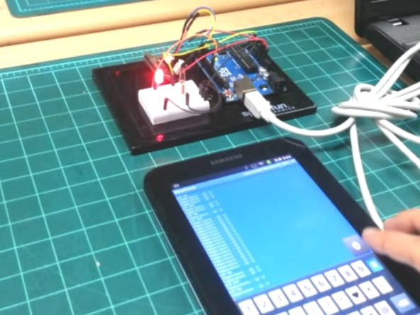 Bluetooth Smart phone control with remote arduino