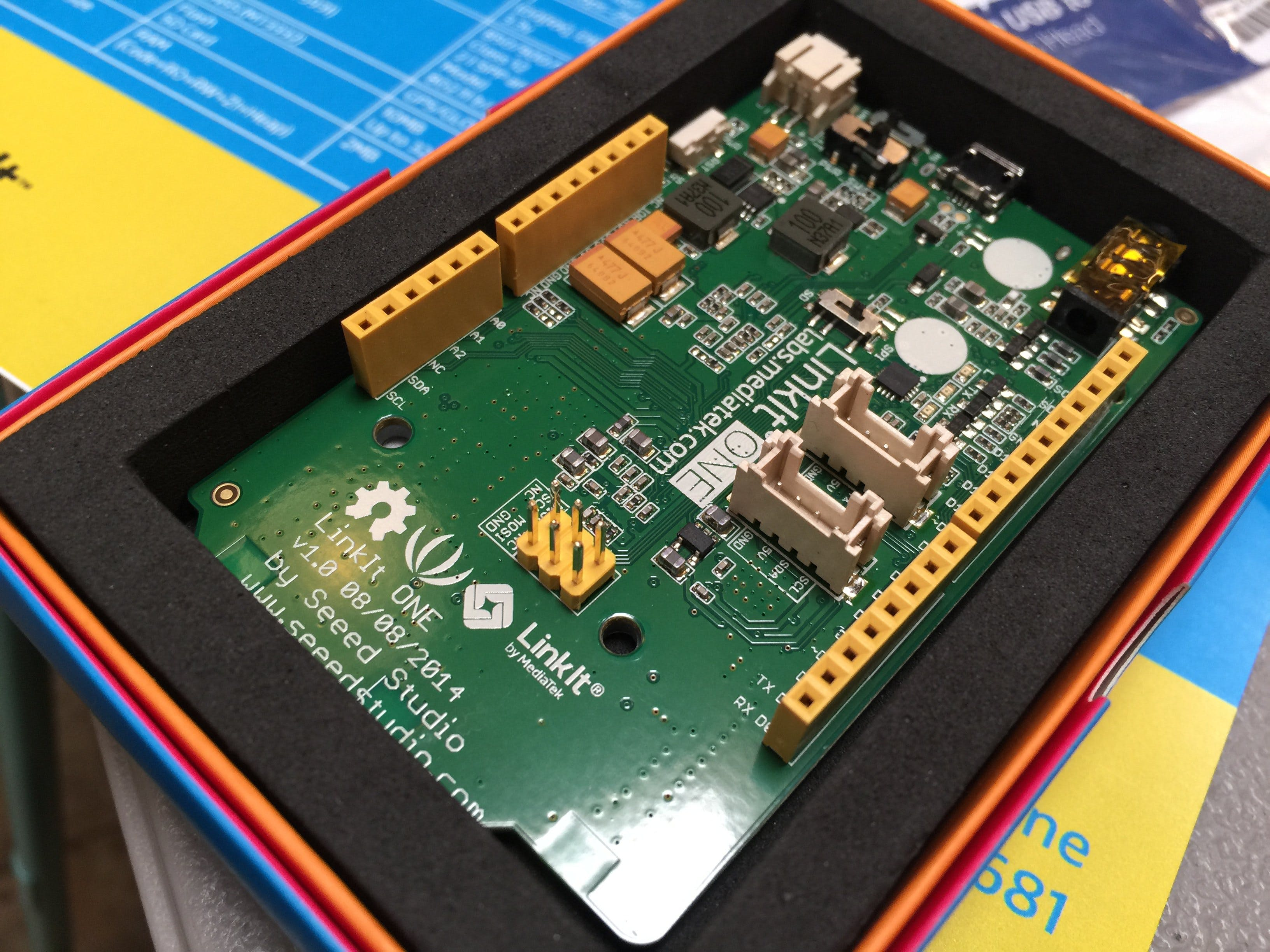 AWS IoT Hack Series with MediaTek LinkIt One