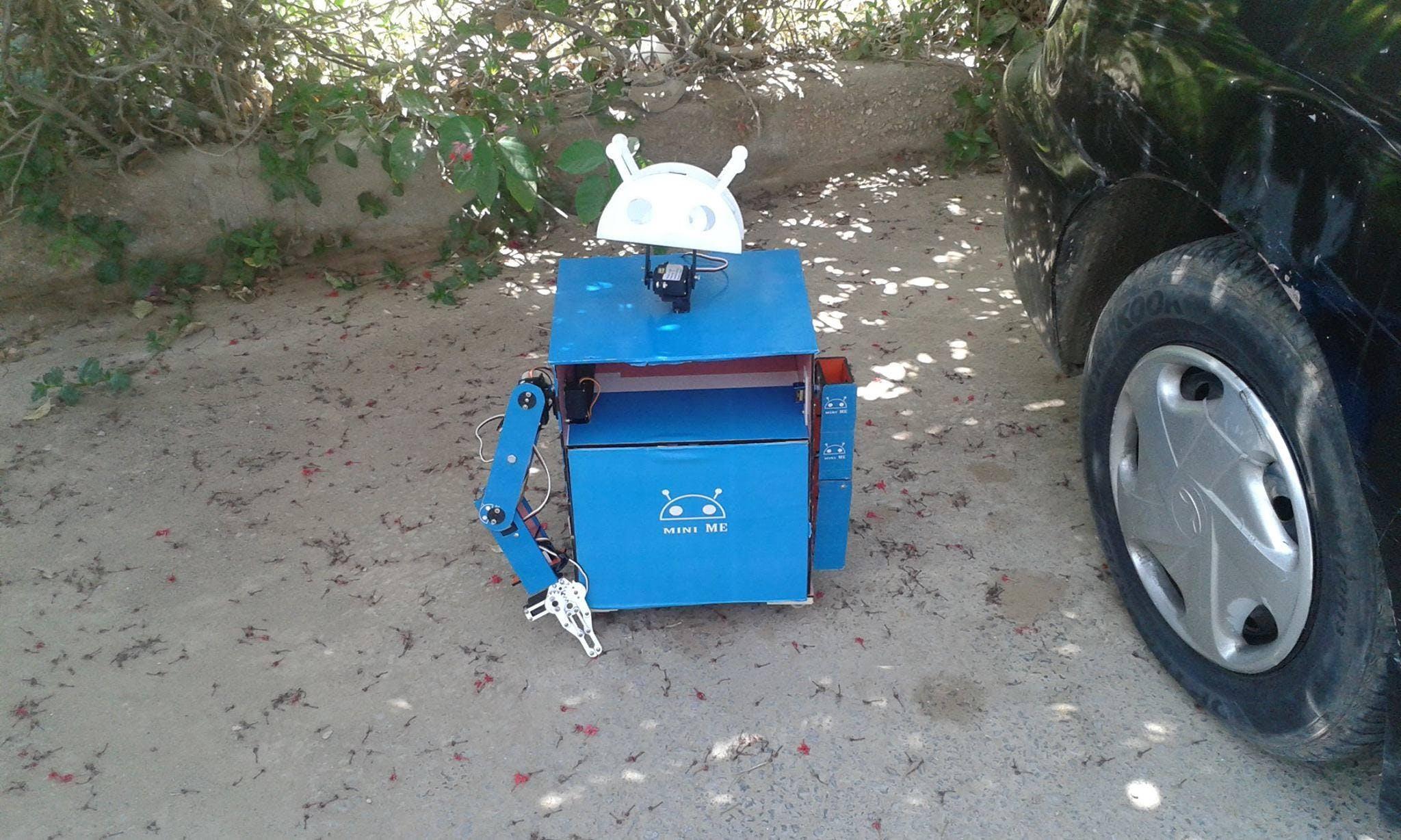 Mini ME - Humanoid Robot
