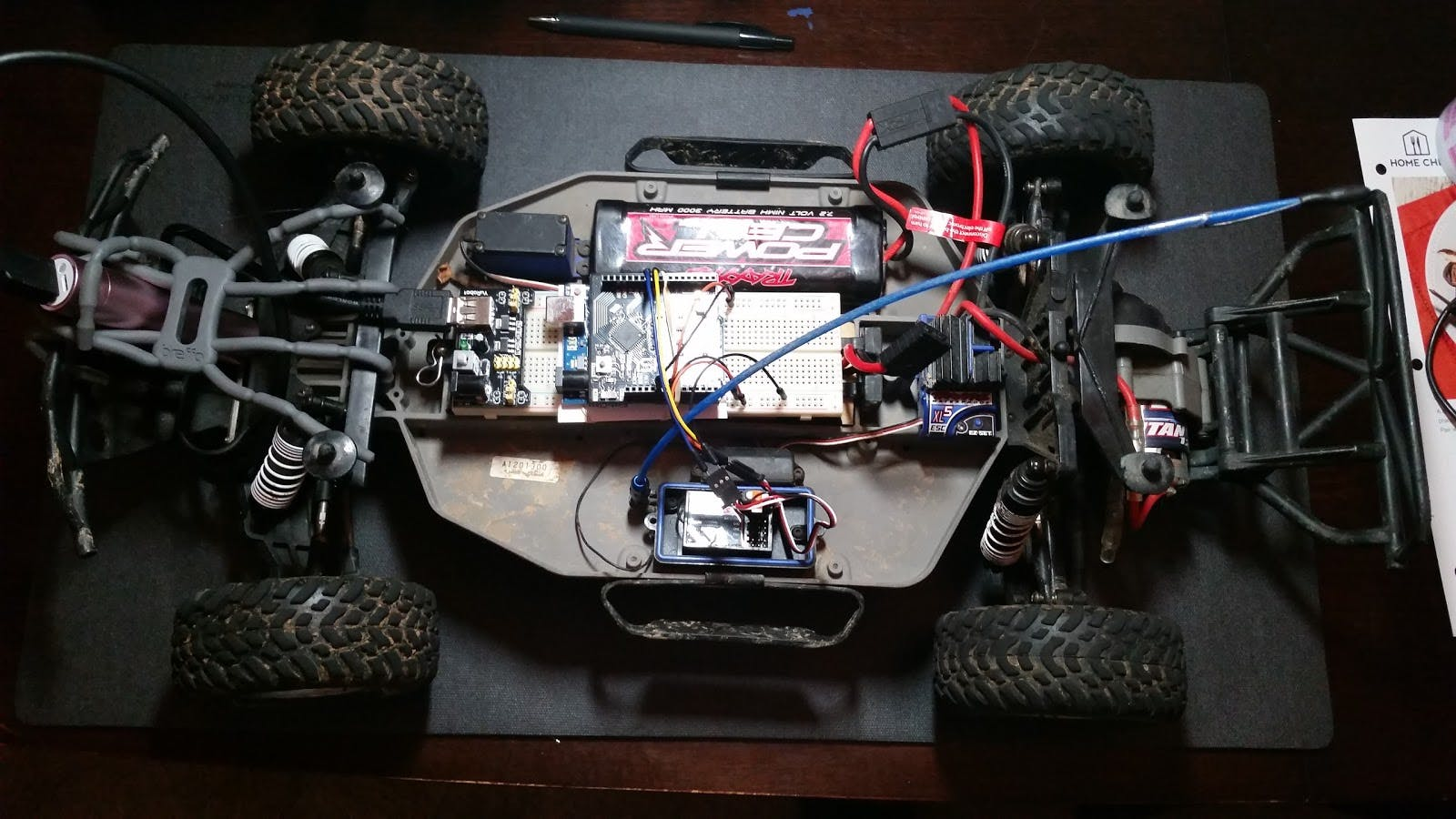 R/C Traxxas Slash with Arduino and 1Sheeld