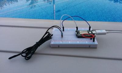 Pool temperature monitor