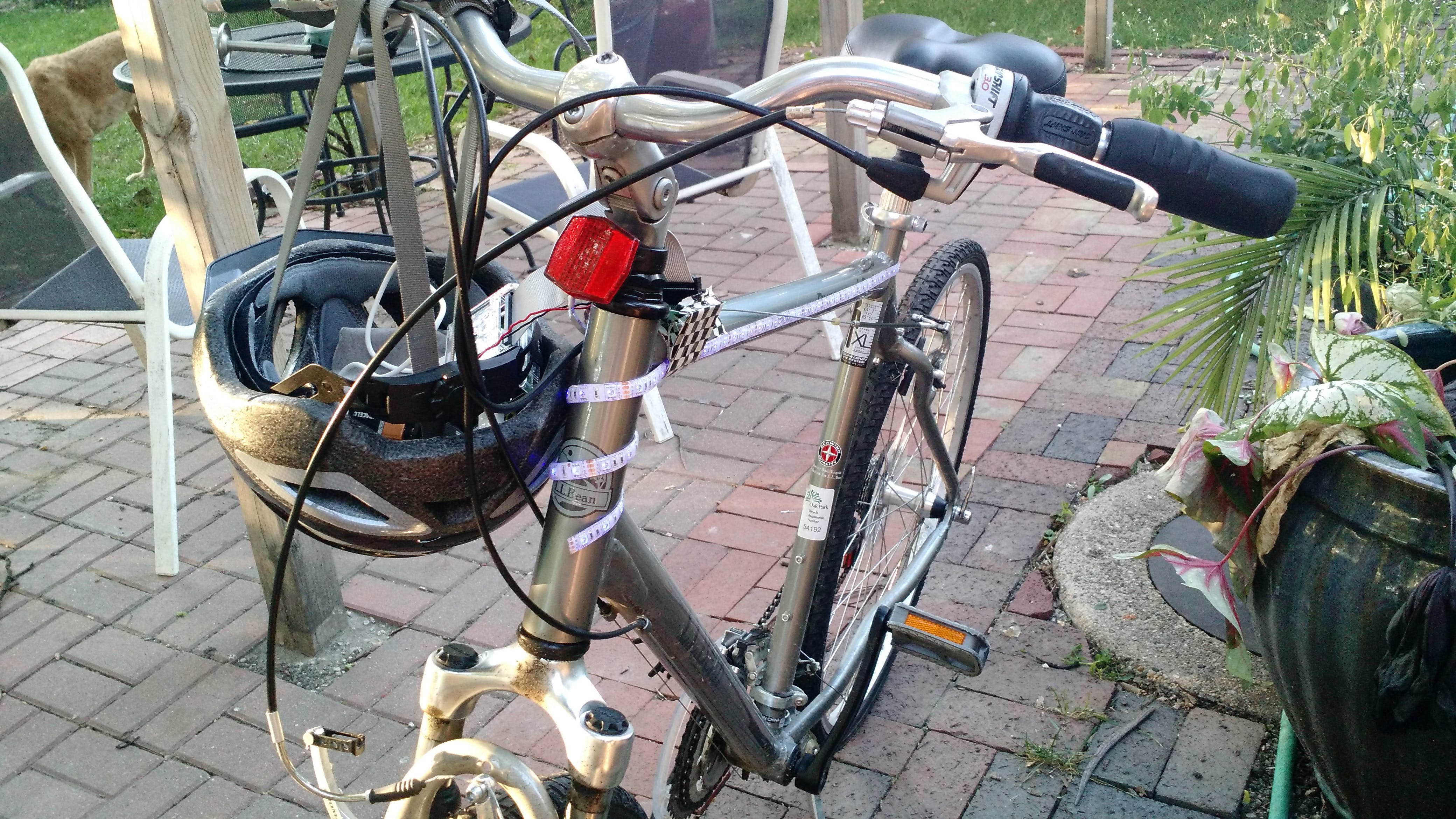 Light up night bike using Windows 10 iot Core