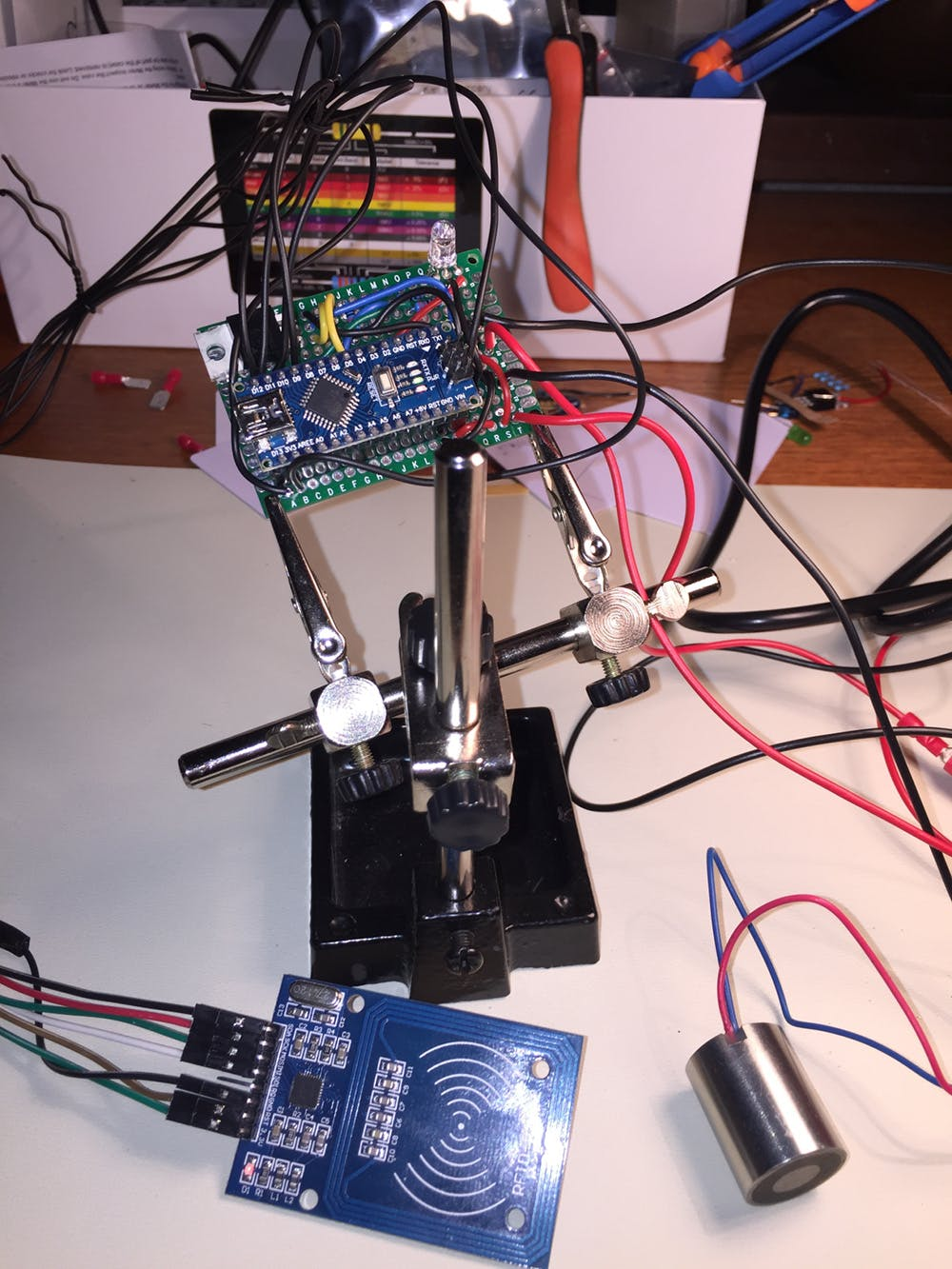 The electronics when it was mounted to the smaller board