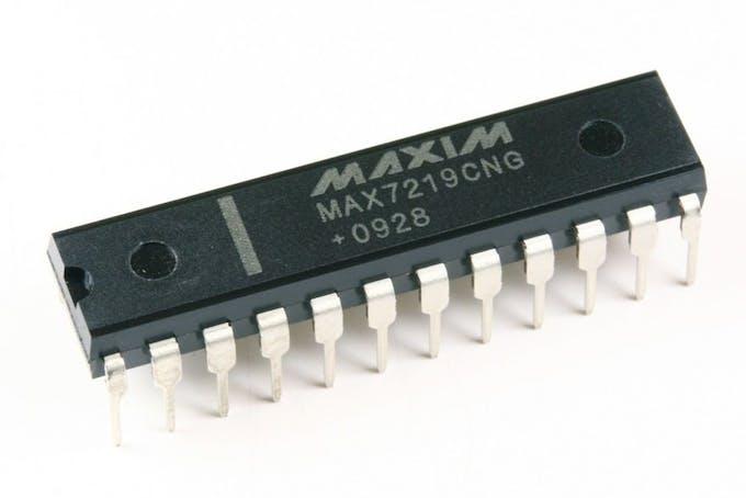 MAX7219CNG LED driver IC