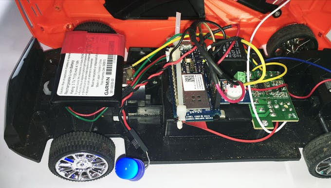 CAR - MKR1000 Relay + LED