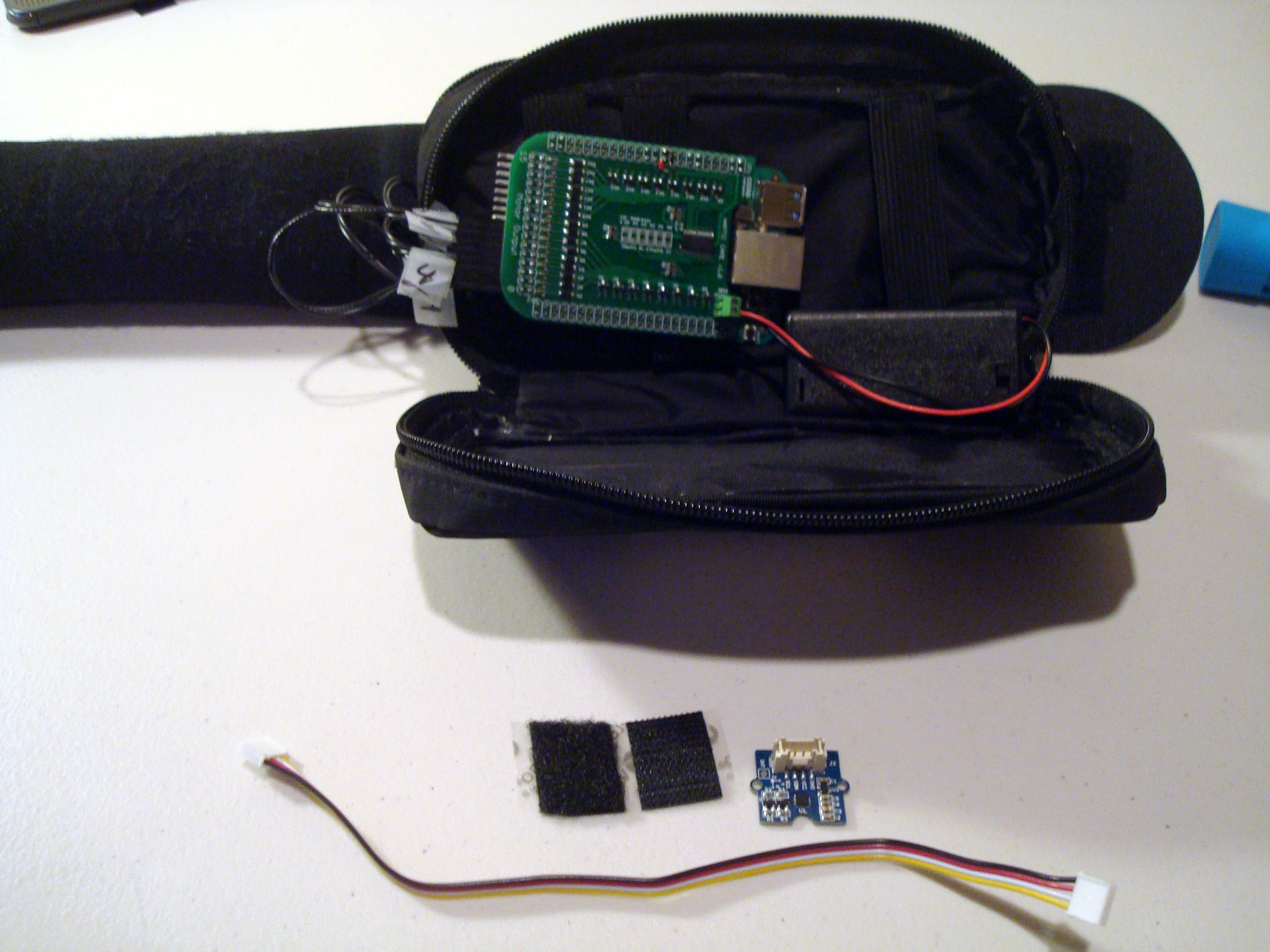 In order to attach the Grove Compass sensor firmly to the inside of the case, a little velcro will be needed. Cut out a piece around the size of the sensor PCB.