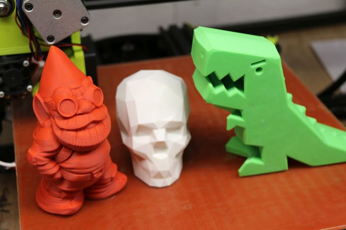 3D printed Makerbot Gnome, Low Poly Skull and Robber Rex