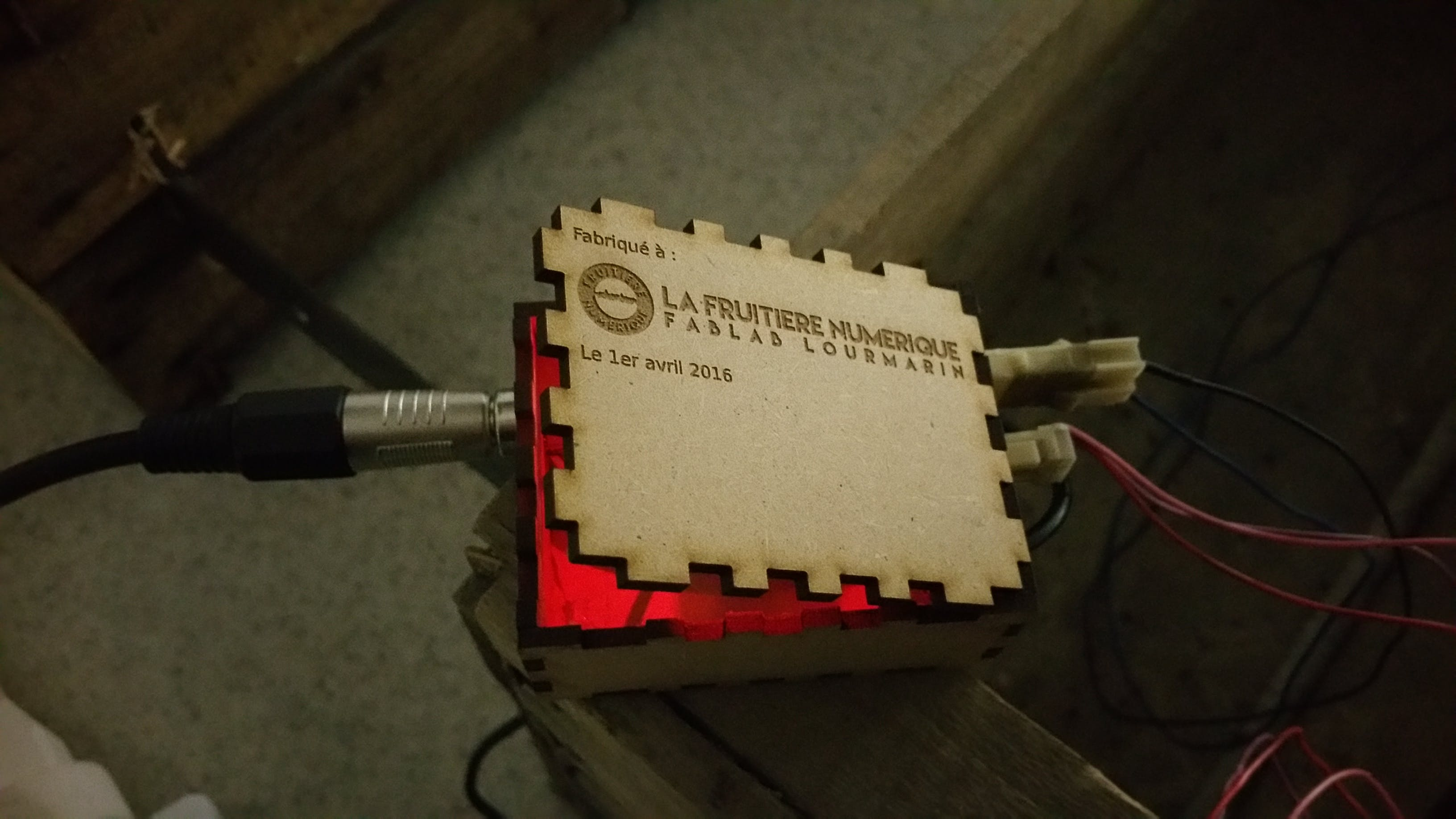 The electronic enclosed in a laser cut box