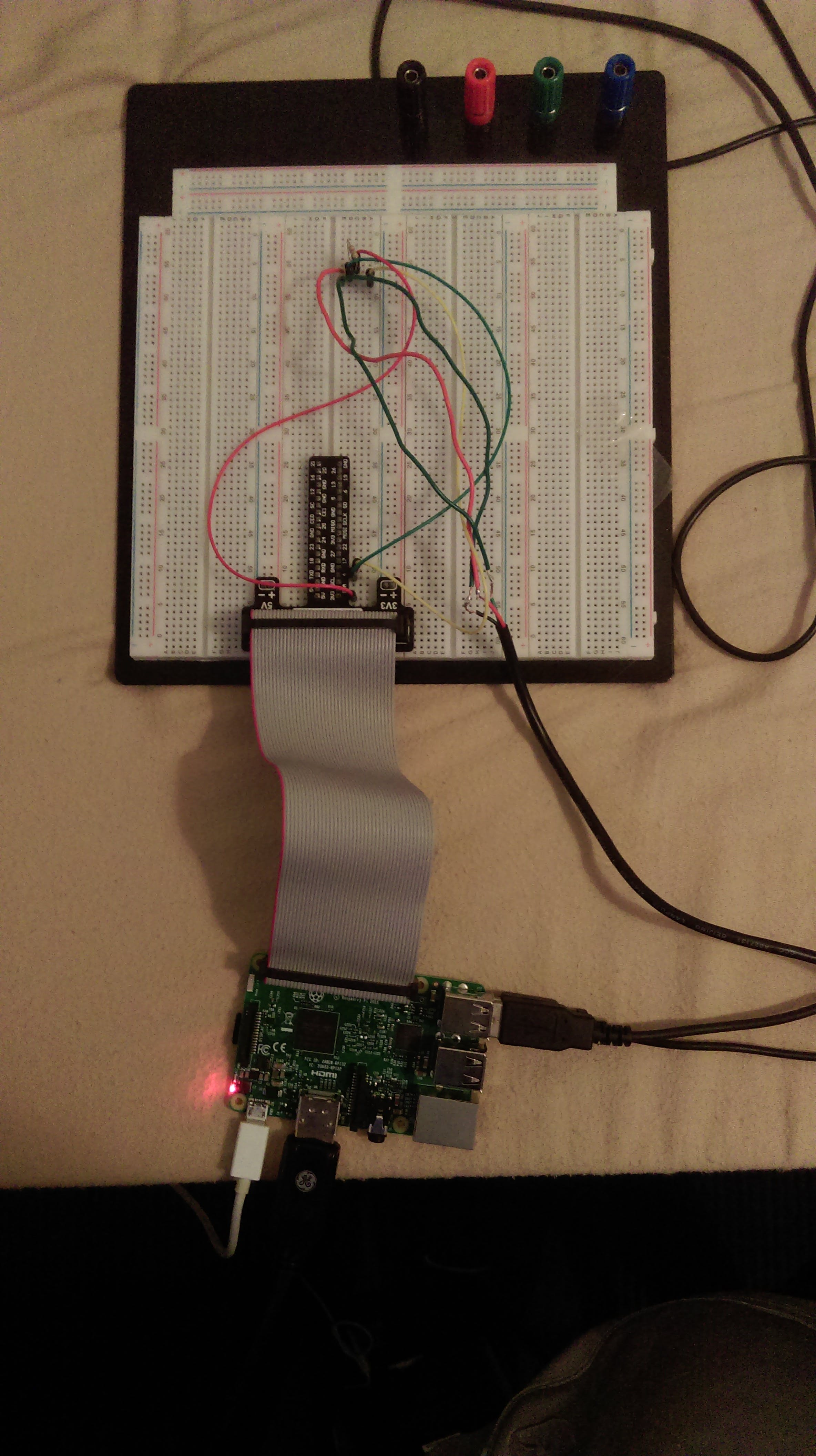 Circuit connected to raspberry pi