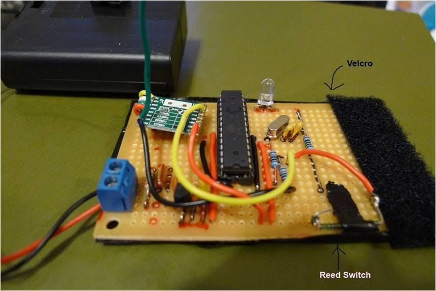 Battery powered mailbox sensor