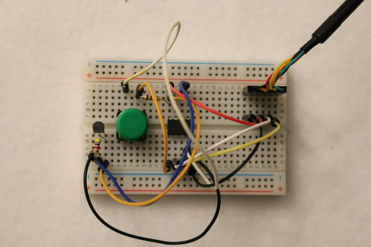 Easy Serial On The Attiny Attiny2313 Based Lan Cable Tester Schematic