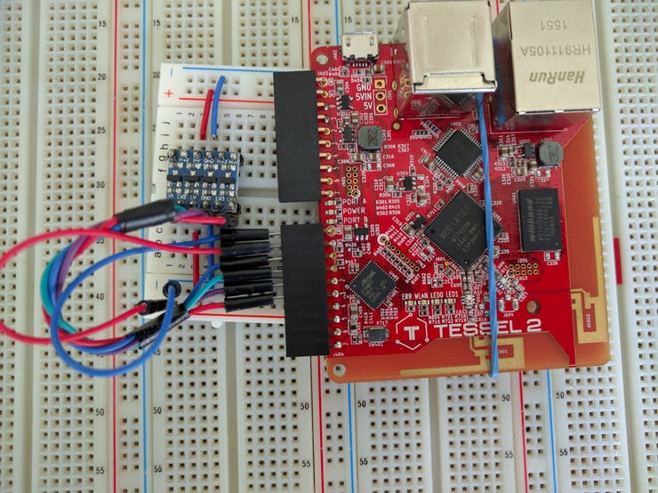 Tessel 2 with 4 digital pins conntected to voltage level shifter.