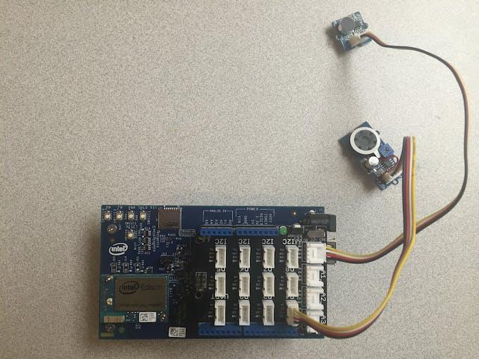 Intel Edison with sound sensor and speaker
