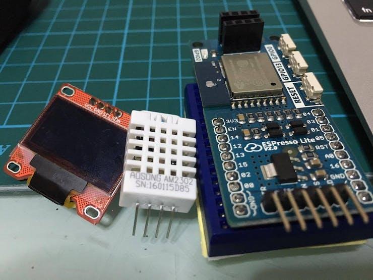 OLED display, DHT22 & the ESPresso Lite V2 board