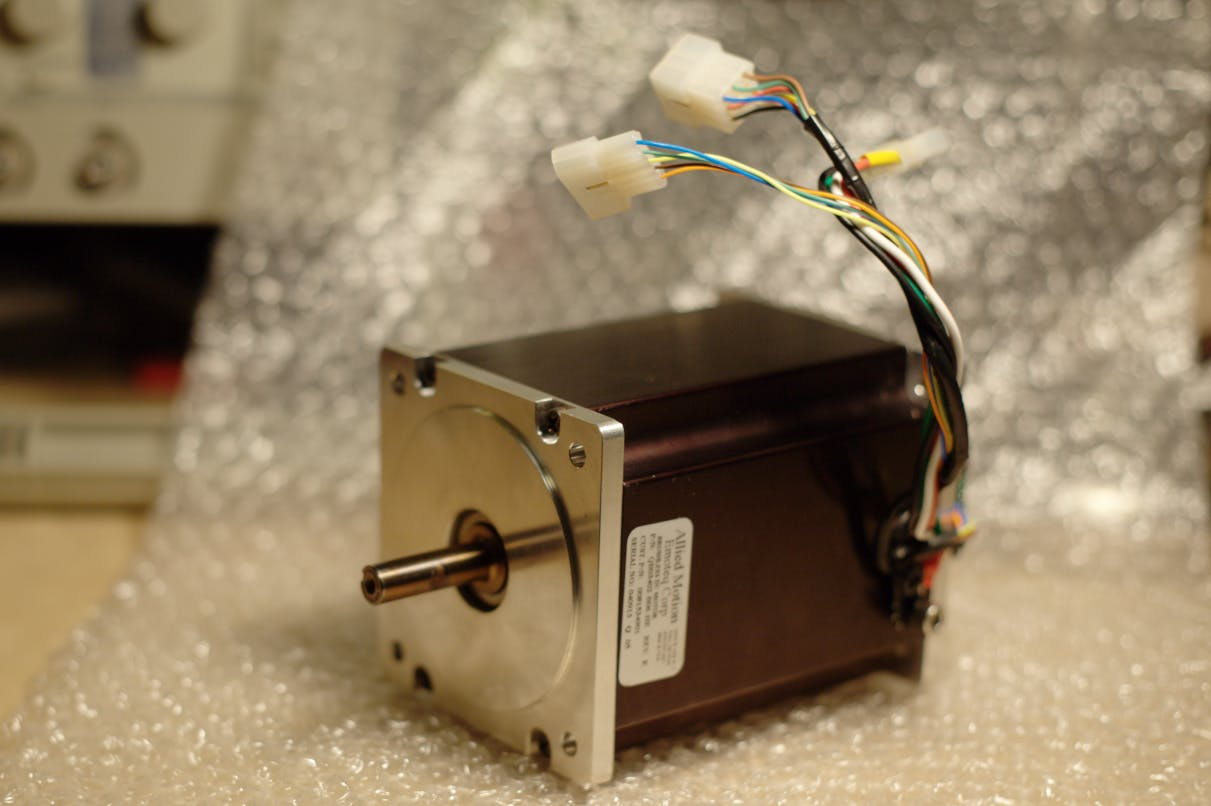 Our new servo motor.