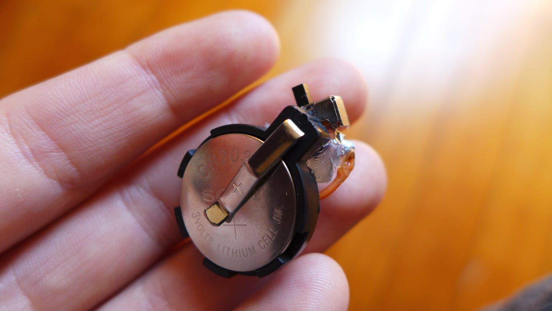 CR2032 coin cell