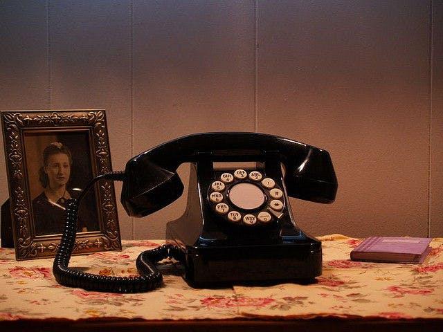 Phone picture by flickr.com user William Gantz, licensed under CC BY-ND