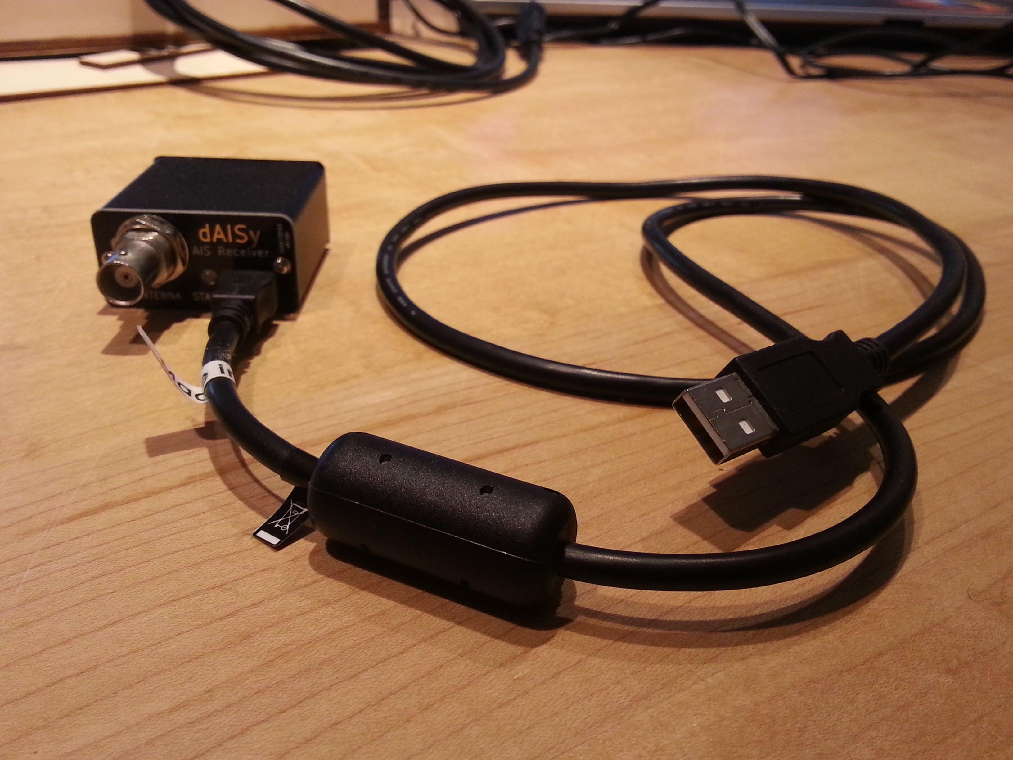 Tiny dAISy AIS receiver from Adrian Studer
