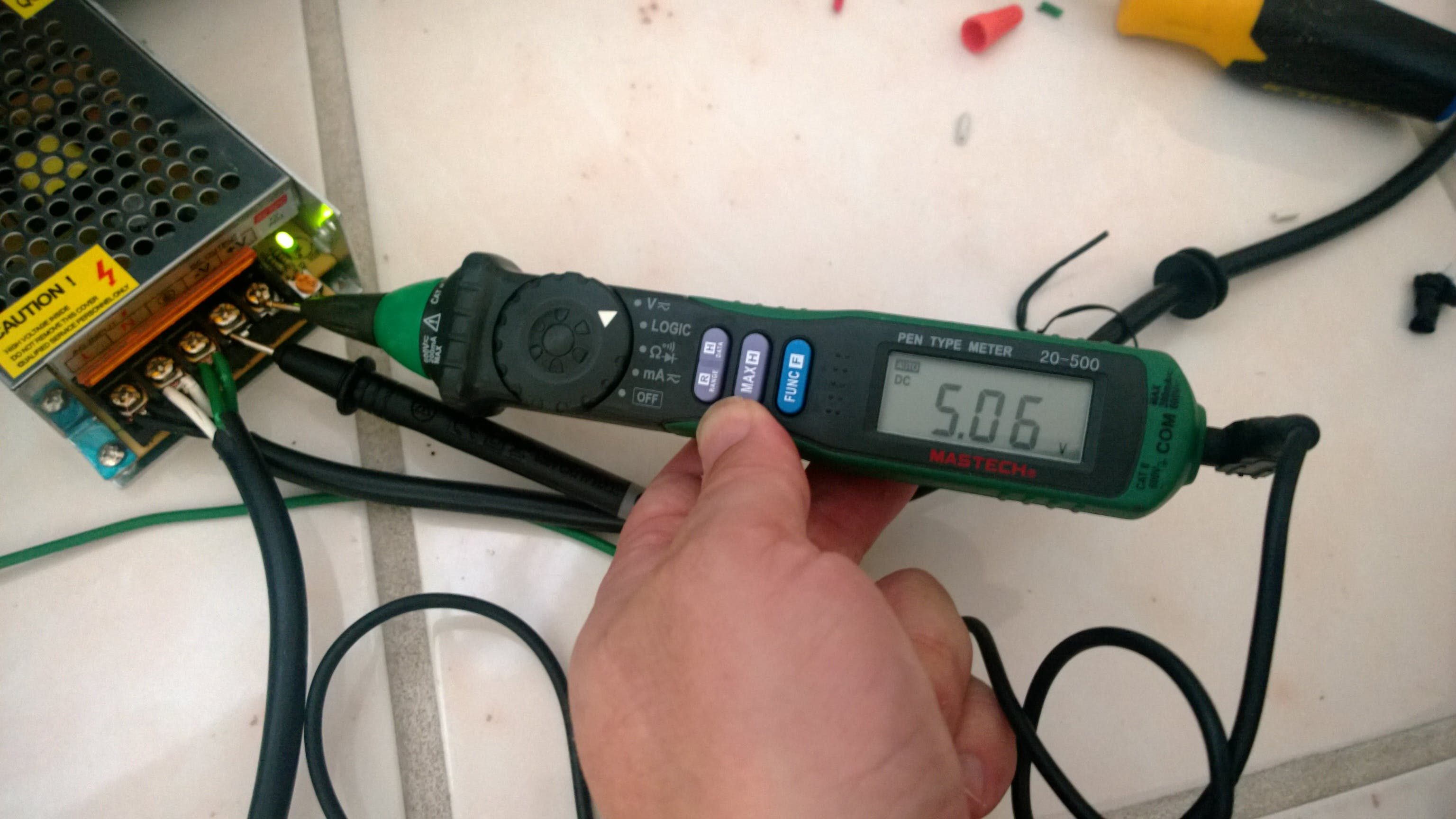 Testing the +5VDC Voltage Regulator