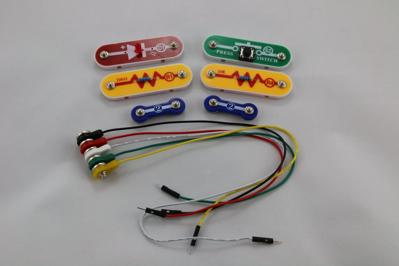 Snap Circuits Push Button Monitor Introduction To The Electric Switch Using All