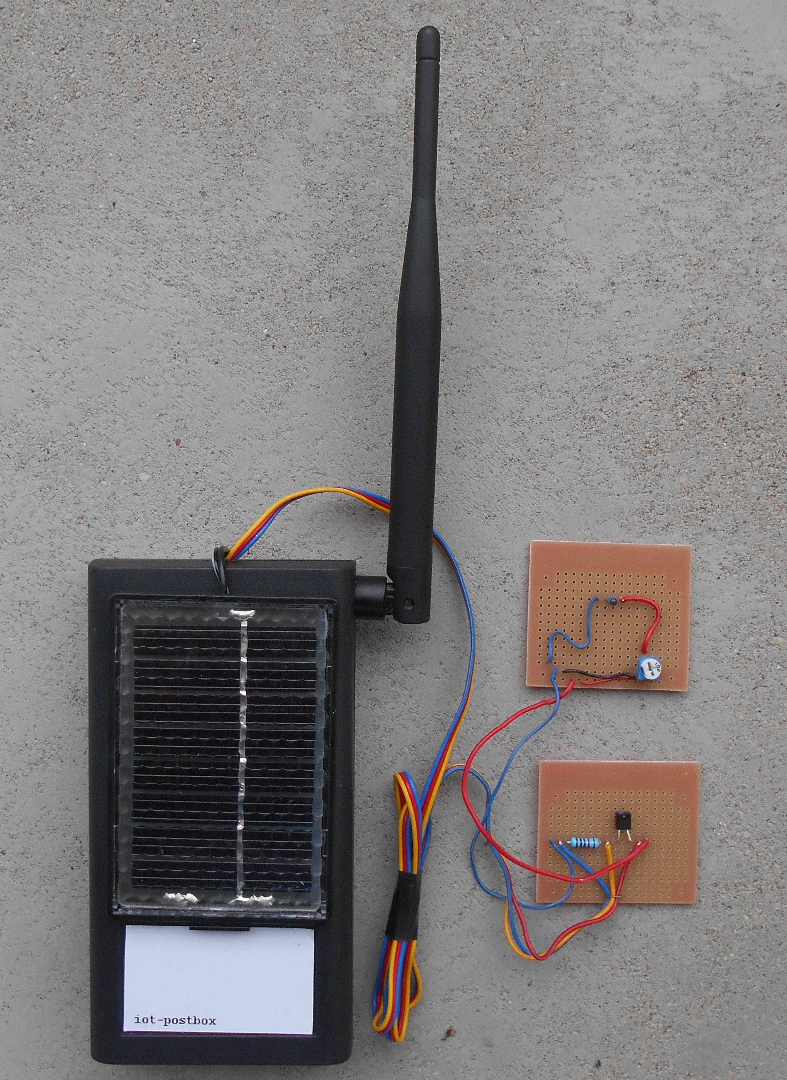 Picture 1 iot-postbox device and optical barrier