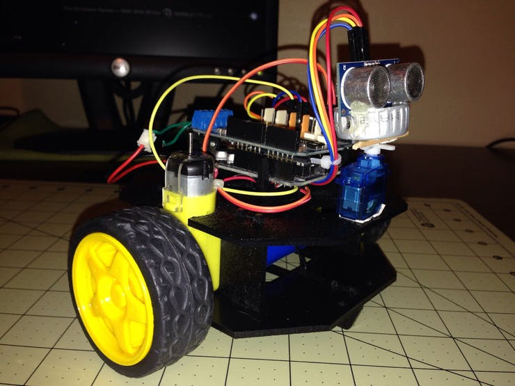 Simple Object avoider robot the using Actobotics Runt